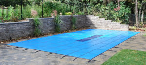 Large pool winter cover